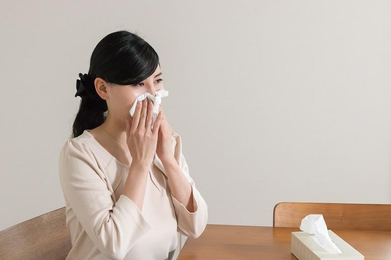 サラサラの鼻水が止まらないアレルギー性鼻炎