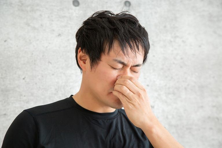 鼻の中が腫れているかも!?腫れているところが痛い