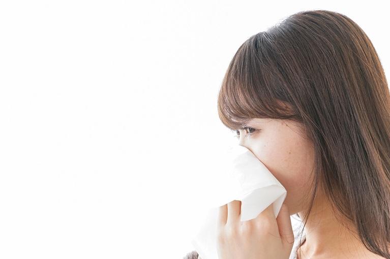鼻づまりと頭が重いと感じる副鼻腔炎