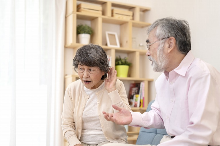 難聴(老年性難聴、突発性難聴など)